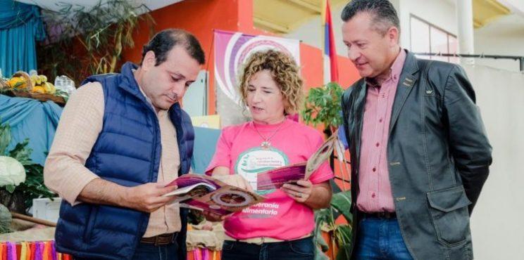 """Herrera Ahuad: """"Tenemos una Agricultura Familiar modelo y sostenemos nuestra producción"""""""
